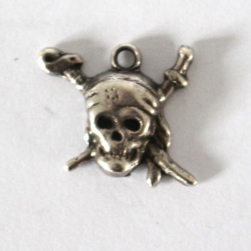 Anhänger Pirat 18x20mm antiksilber
