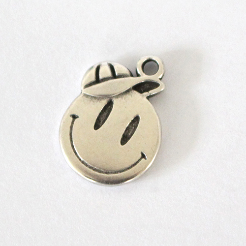 Anhänger Smile Cap 15mm antiksilber