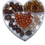 Glasperlen-Set, 120 Gramm in der Herzdose, 6 verschiedene Farben