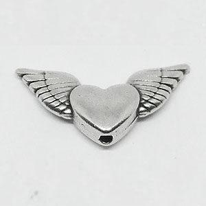 Engelsflügel mit Herz, 20mm, silberfarben