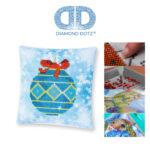 """Diamond Dotz Kissenbezug Motiv """"Weihnachtskugel"""", funkelndes Kissen zum Selbstgestalten ca. 18 cm x 18 cm groß, Malen mit Diamanten"""