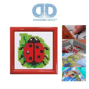 """Diamond Dotz Bild mit Rahmen rot, Motiv """"Marienkäfer"""", funkelndes Diamantbild zum Selbstgestalten ca. 7cm x 7cm groß, Malen mit Diamanten"""